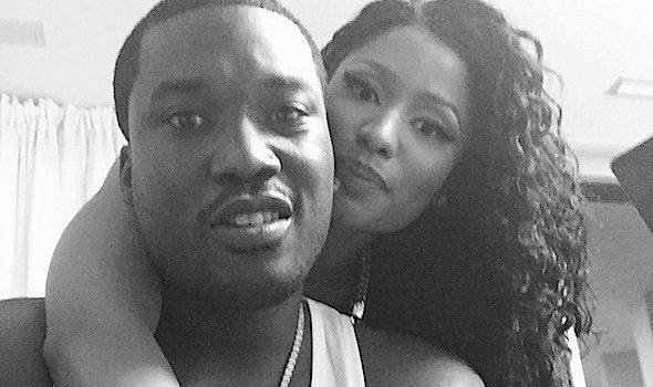 Nicki Minaj Announces Split From Meek Mill: I'm single!