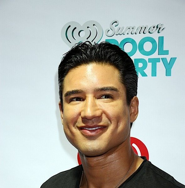 "Mario Lopez Slammed After Saying It's ""Dangerous"" For Parents To Allow Their Kids To Decide To Be Transgender"