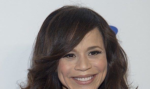 Rosie Perez Recalls She Thought She Was A Lesbian In Middle School: All I wanted to do was hump her.