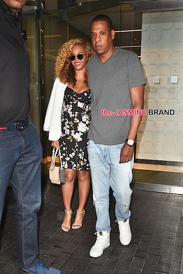 Jay Z and Beyonce seen leaving their office building in NYC.
