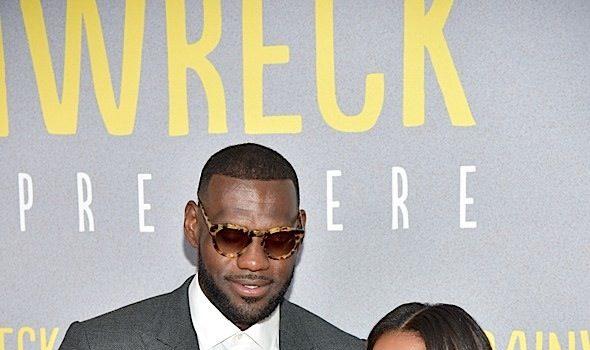 'Trainwreck' NYC Premiere: LeBron James & Wife Savannah, Amar'e Stoudemire & Wife Alexis, Erica Ash, Method Man & Teyonah Parris Attend [Photos]
