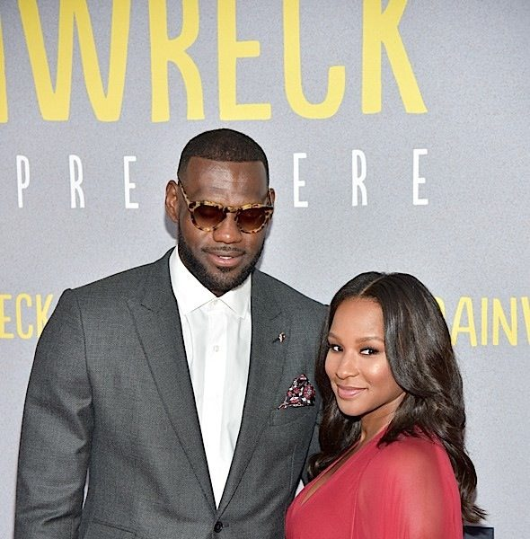 'Trainwreck' NYC Premiere: LeBron James & Wife Savannah, Amar'e Stoudemire & Wife Alexis, Erica Ash, Method Man & Teyonah Parris Attend [Photos]