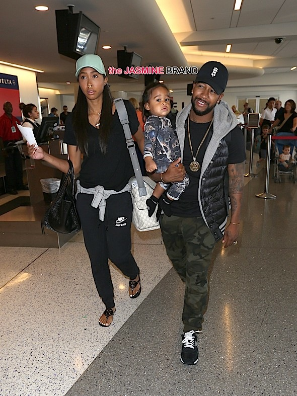 R&B Singer, Omarion and his girlfriend Apryl Jones spotted with their son, Megaa Omari.