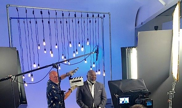Bishop T.D. Jakes Snags Talk Show For 2016