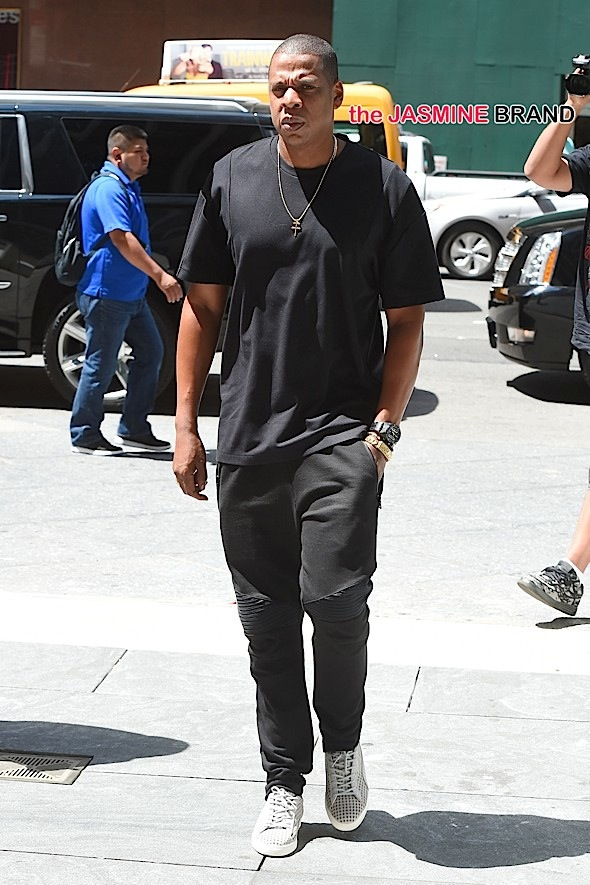 Jay Z heads to his office in NYC.