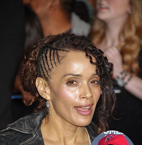 "Zoe Kravitz Says Mom (Lisa Bonet) ""Disgusted & Concerned"" With Bill Cosby"