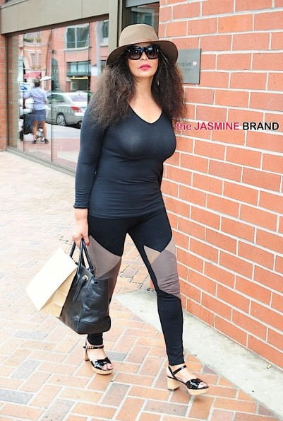 Tina Knowles leaves salon in Beverly Hills, CA