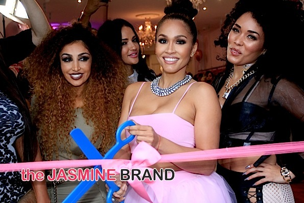 Rosa Acosta Celebrates Store Opening Of 'Cossamia' [Photos]