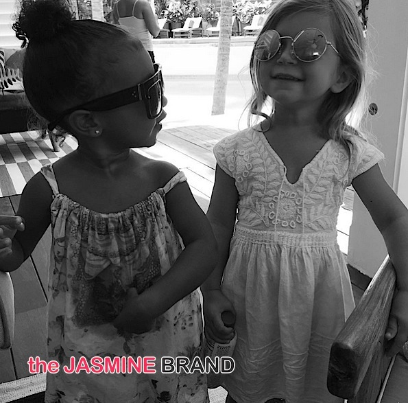 Kiddie Stuntin' :: North & Penelope Rock Sunnies During Playdate [Photo]
