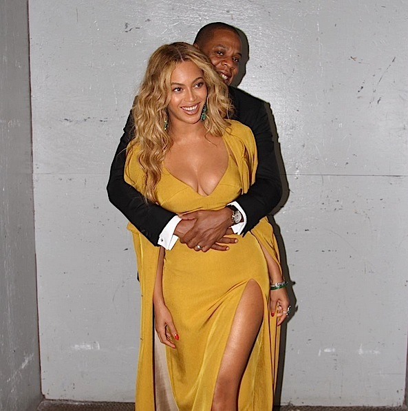 Married Moments: Beyonce & Jay Z Boo-ed Up On the Gram [Photo]