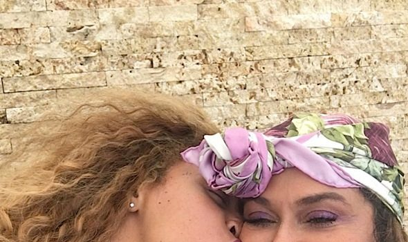 See Beyonce's Sweet Moment with Mama Tina! [Photos]