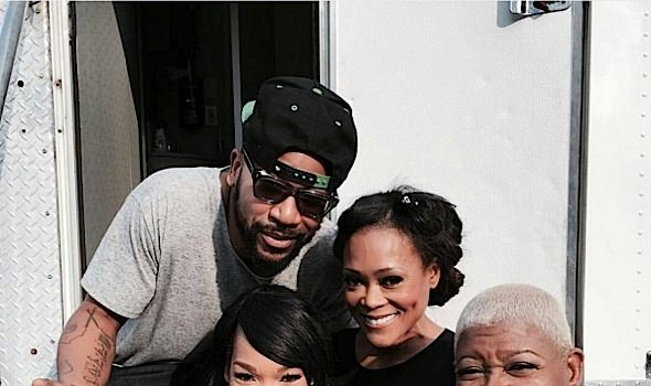 Columbus Short & Robin Givens On Set, Drake Gets Flirty With Reporter + Tiffany Pollard, Benzino, Zoe Kravitz, James Wright Chanel