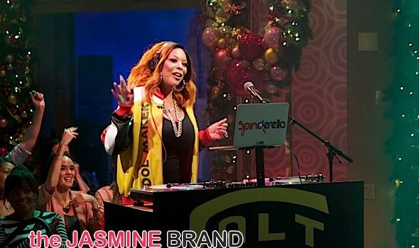 Wendy Williams Plays DJ During Salt-n-Pepa Performance [VIDEO]