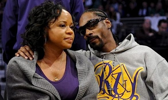 "Snoop Dogg's Wife Shares Cryptic Message, Defends Her Marriage: ""This Has Nothing To Do With Snoop!"""