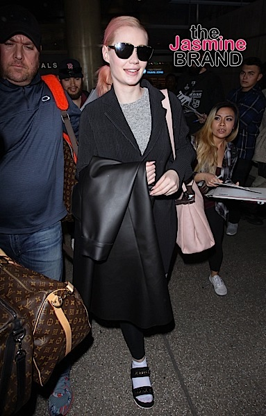 01/28/2016 - Iggy Azalea - Iggy Azalea Sighted at LAX Airport on January 28, 2016 - Los Angeles International Airport - Los Angeles, CA, USA - Keywords: Vertical, Photography, Arts Culture and Entertainment, Person, People, Celebrity Sighting, Celebrities, Topix, Bestof, California, Woman, Travel Orientation: Portrait Face Count: 1 - False - Photo Credit: STPR / PRPhotos.com - Contact (1-866-551-7827) - Portrait Face Count: 1