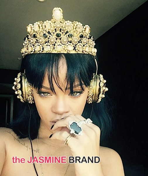 Rihanna Postpones 'Anti' Tour