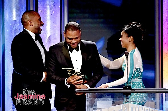 BEVERLY HILLS, CA - FEBRUARY 21: (L-R) Writer-producer Kenya Barris and actor Anthony Anderson accept the Television Show of the Year award for 'Black-ish' from actress Regina Hall onstage during the 2016 ABFF Awards: A Celebration Of Hollywood at The Beverly Hilton Hotel on February 21, 2016 in Beverly Hills, California. (Photo by Alberto Rodriguez/BET/Getty Images for BET)