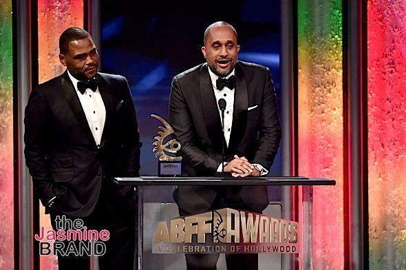 Actor Anthony Anderson (L) and writer-producer Kenya Barris