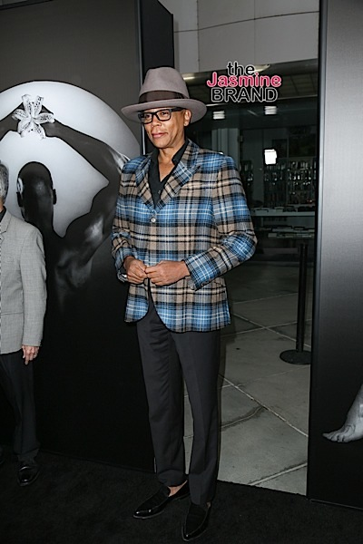 "03/15/2016 - RuPaul - HBO Documentary Films' ""Mapplethorpe: Look at the Pictures"" Los Angeles Premiere - Arrivals - Bing Theatre at LACMA - Los Angeles, CA, USA - Keywords: Vertical, Arrival, Attending, People Person, Television Show, Movie, Portrait, Photography, Film Industry, Arts Culture and Entertainment, Celebrity, Celebrities, photographer Robert Mapplethorpe documentary, Los Angeles County Museum of Art, California Orientation: Portrait Face Count: 1 - False - Photo Credit: Guillermo Proano / PR Photos - Contact (1-866-551-7827) - Portrait Face Count: 1"