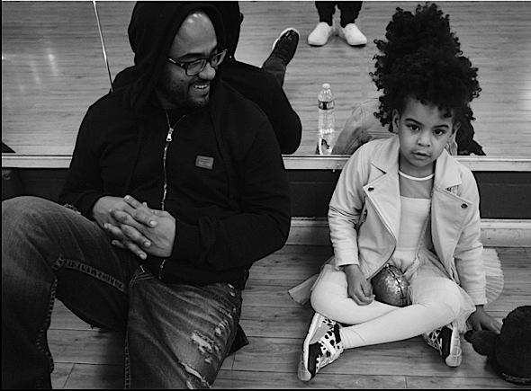 Beyonce Shares Throwback Super Bowl 50 Photos With Blue Ivy, Chris Martin & Bruno Mars
