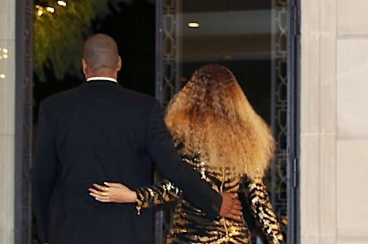 Beyonce Shares BTS Flix of Her Blue Ivy Fundraiser Performance [Photos]