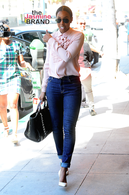 Kelly Rowland has lunch in Beverly Hills