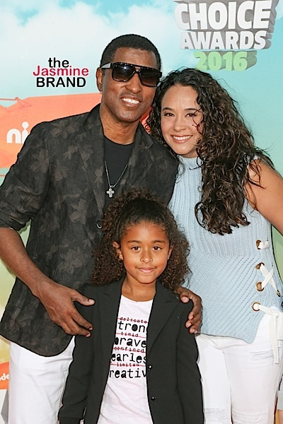 03/12/2016 - Babyface, Peyton Nicole Edmonds and Nicole Pantenburg - Nickelodeon's 2016 Kids' Choice Awards - Arrivals - The Forum - Inglewood, CA, USA - Keywords: Vertical, Arrival, Attending, People Person, Award, Television Show, Film, Portrait, Photography, Film Industry, Fashion, Arts Culture and Entertainment, Celebrity, Celebrities, Nickelodeon Kids' Choice Awards, Topix, Bestof, 29th Annual Nickelodeon Kids' Choice Awards, California Orientation: Portrait Face Count: 1 - False - Photo Credit: PRPhotos.com - Contact (1-866-551-7827) - Portrait Face Count: 1