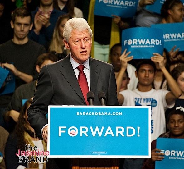 Former President Bill Clinton Campaigns for President Barack Obama at The University of Pennsylvania The Palestra in Philadelphia - November 05, 2012