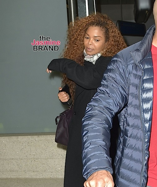 Janet Jackson Placed On Bed Rest, Singer Embarrassed by Pregnancy Weight Gain (Report)