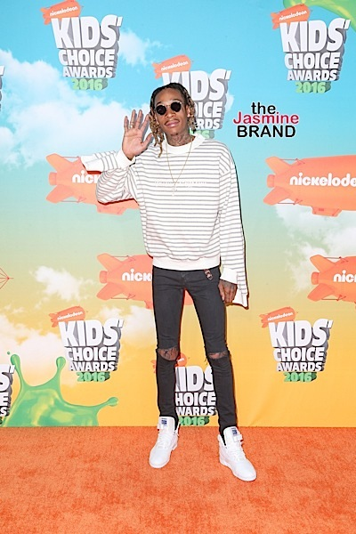 03/12/2016 - Wiz Khalifa - Nickelodeon's 2016 Kids' Choice Awards - Arrivals - The Forum - Inglewood, CA, USA - Keywords: Vertical, Arrival, Attending, People Person, Award, Television Show, Film, Portrait, Photography, Film Industry, Fashion, Arts Culture and Entertainment, Celebrity, Celebrities, Nickelodeon Kids' Choice Awards, Topix, Bestof, 29th Annual Nickelodeon Kids' Choice Awards, California Orientation: Portrait Face Count: 1 - False - Photo Credit: PRPhotos.com - Contact (1-866-551-7827) - Portrait Face Count: 1