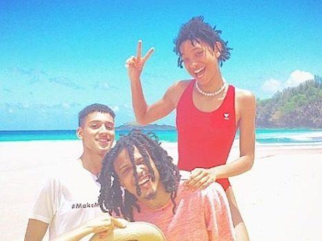 August Alsina Vacays With Willow & Jada Pinkett-Smith [Photos]