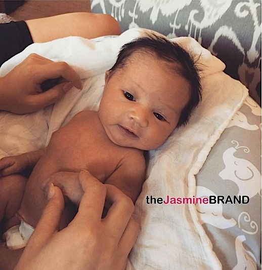 Baby Luna Chrissy Teigen Daughter