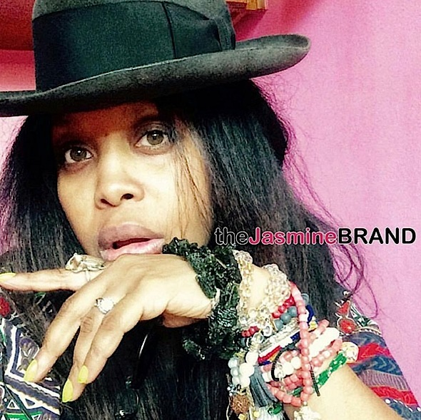 Erykah Badu Wants High School Girls To Wear Longer Skirts, So Male Teachers Are Not Distracted