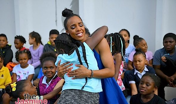 Kelly Rowland Visits Boys & Girls Club in Atlanta [Photos]