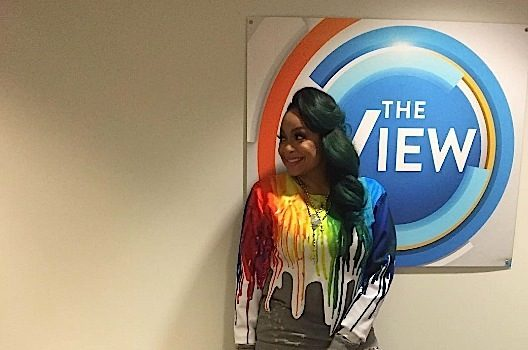 Raven-Symone Leaving 'The View' This Summer (Ear Hustlin')