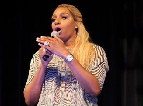 "NeNe Leakes Tells Heckler: ""I'll climb up on that balcony b*tch!"" [VIDEO]"