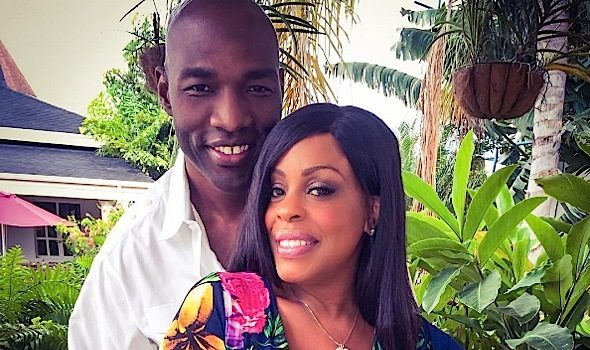 Niecy Nash & Hubby Celebrate Anniversary, Andre 3000 Turns 41, Justin Bieber Shares His Eggplant + Gucci Mane [Photos]