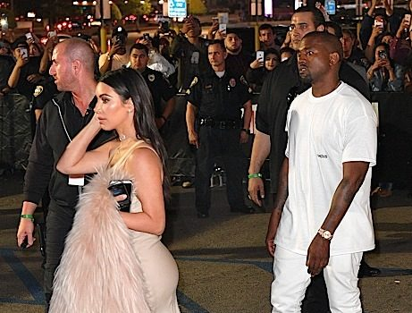 Kim Kardashan & Kanye West Arrive At the Forum [Photos]
