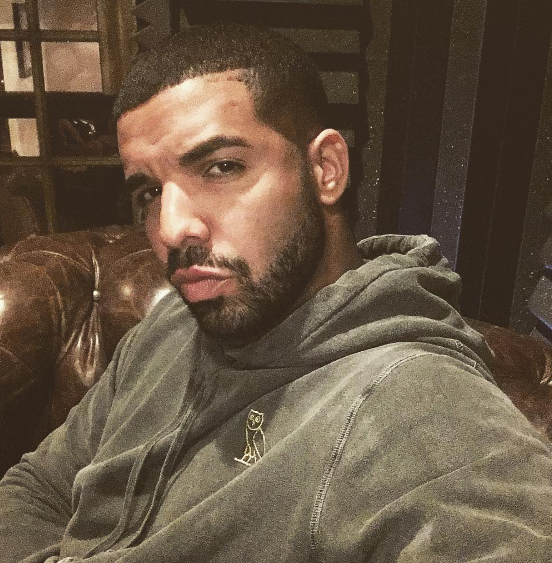 Drake Gropes & Kisses 17-Year-Old Girl On Stage [VIDEO]