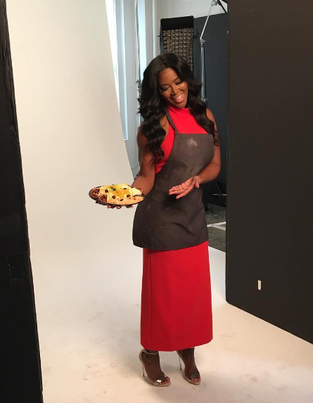 Kenya Moore Causes Drama On Food Network Set, Eliminated From Show