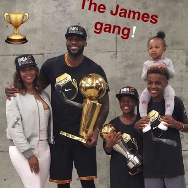 LeBron James Debuts Daughter After NBA Win, Ayesha Curry Reacts to Warriors Loss + Obama Tweets Congrats
