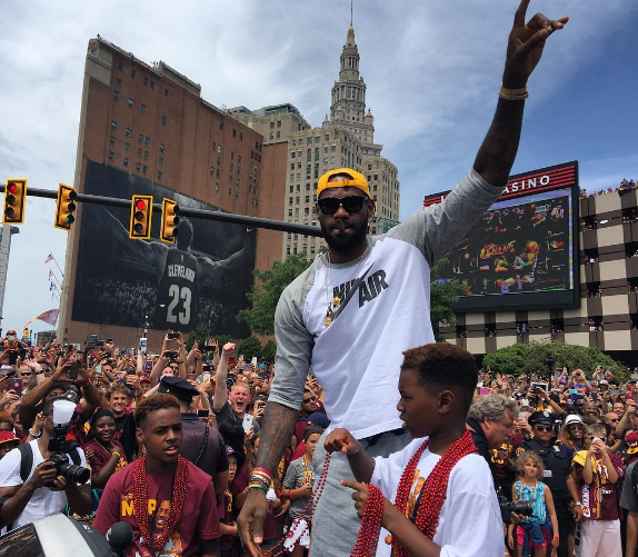 Cleveland Cavaliers NBA Championship Parade: Our Favorite Photos & Footage