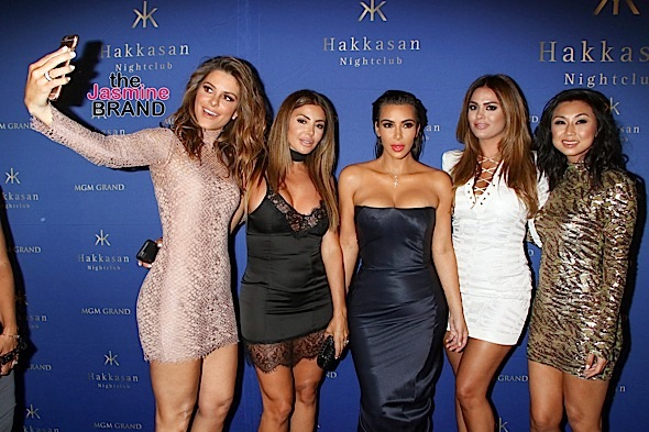 Kim Kardashian West Guest Hosts at Hakkasan Las Vegas Nightclub on July 22, 2016
