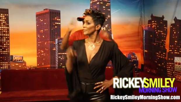 """Momma Dee Performs """"In That Order"""" With Rickey Smiley! [VIDEO]"""