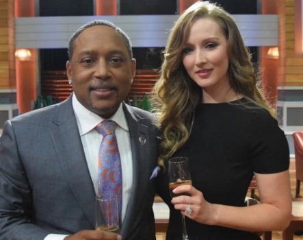 """Shark Tank's"" Daymond John Proposed To Girlfriend With 9.5 Carat Diamond Ring!"