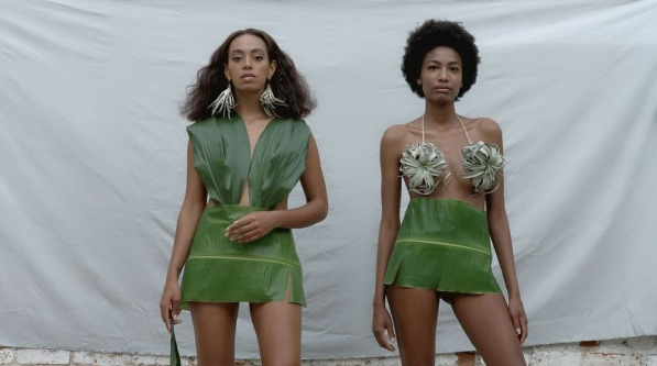 "Solange Knowles Releases ""Don't Touch My Hair"" & ""Cranes in the Sky"" Videos"