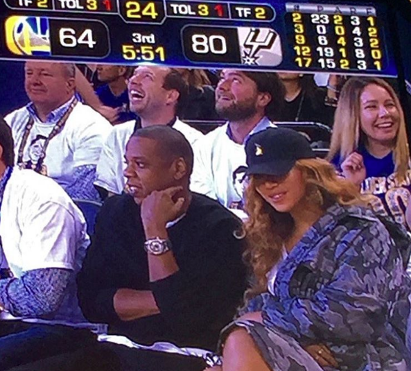 Beyonce & Jay Hit Warriors Game, Kelly Rowland & Michelle Williams Slay Red Carpet, A Prego Joseline Hernandez Goes Topless + Lil Kim Has The Perfect Beat! [Photos]