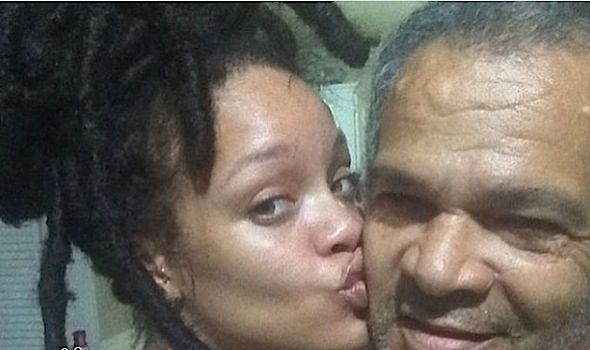 Rihanna's Dad Had Coronavirus, Singer Sent Him A Ventilator: I Thought I Was Going To Die