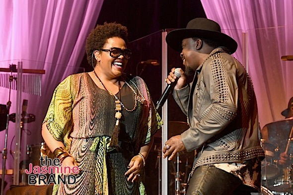 LAS VEGAS, NV - NOVEMBER 04: Singer-songwriters Jill Scott (L) and Anthony Hamilton perform onstage during 2016 Soul Train Music Awards - Soul Train Music Fest on November 4, 2016 in Las Vegas, Nevada. (Photo by Paras Griffin/BET/Getty Images for BET)