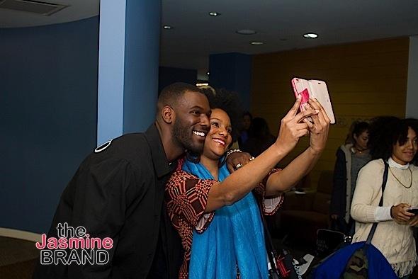kofi-takes-a-selfie